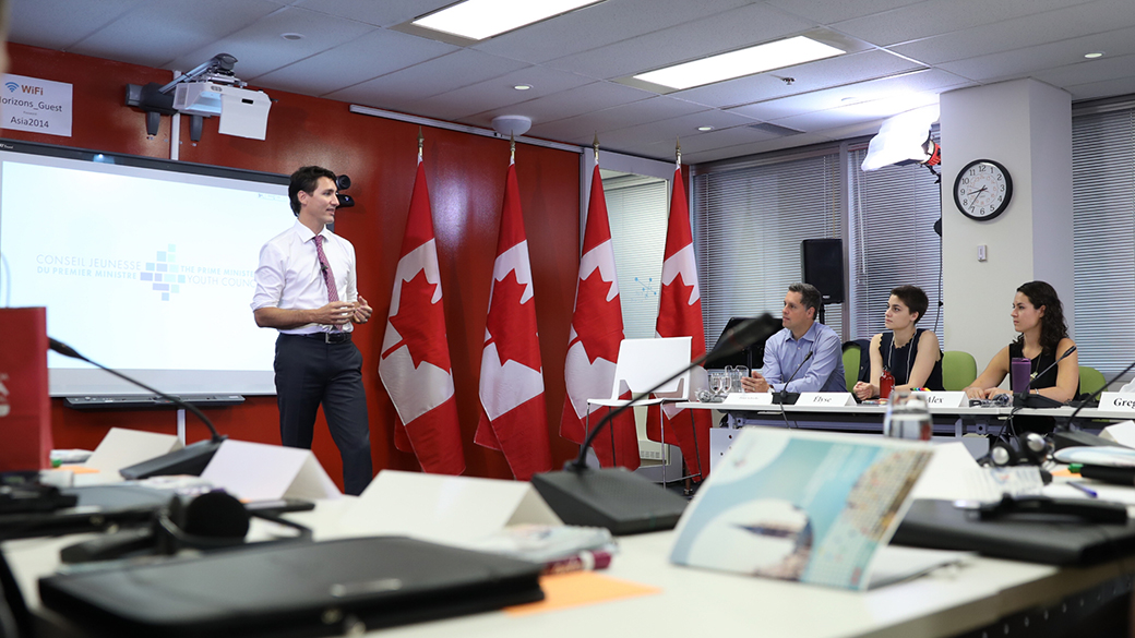 Prime Minister Trudeau welcomes the start of the first meeting of the Prime Minister's Youth Council