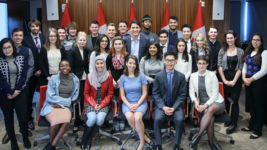 Prime Minister Justin Trudeau and members of the Youth Council