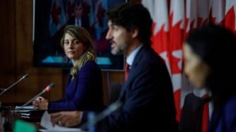 PM Trudeau, Minister Joly and Doctor Tam speak with media